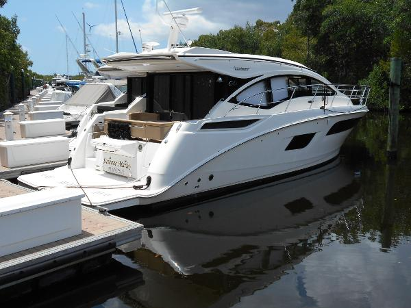 Motor yachts for sale in fort myers florida for Motor yachts for sale in florida