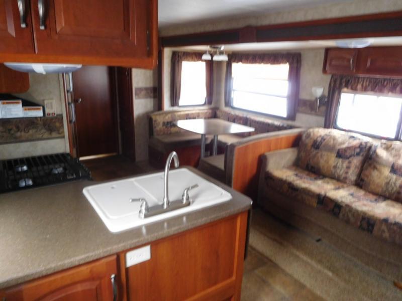 2011 Keystone Rv Cougar X-Lite 30BHS, 7