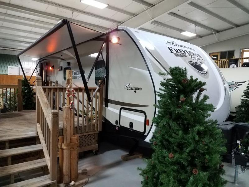 2017 Coachmen Rv Freedom Express 279RLDSLE