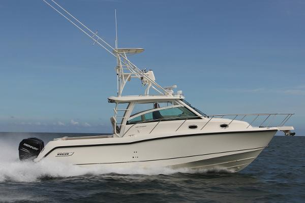 2017 Boston Whaler 345 Conquest