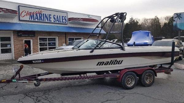 2004 Malibu Boats Sunsetter LXi