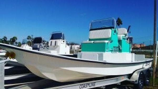 2017 Mowdy Boats Cat 23