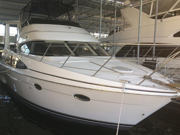 2002 CARVER YACHTS 396MY