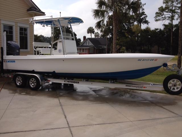 2014 Contender Bay Boat