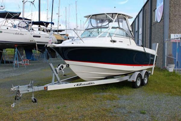 2015 Wellcraft 220 Coastal