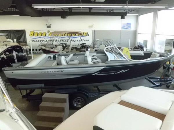 2014 Crestliner 2150 Sportfish SST