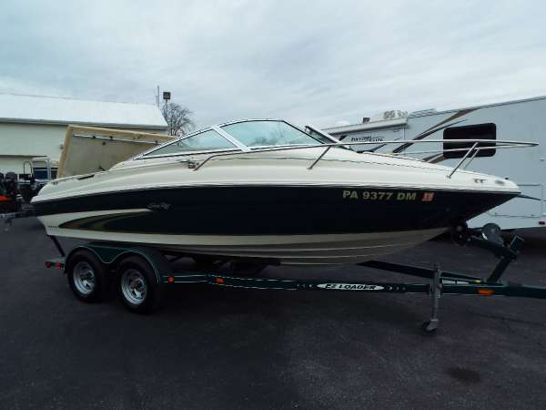 1999 Sea Ray 190 CC Signature