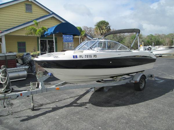 2011 Bayliner 185