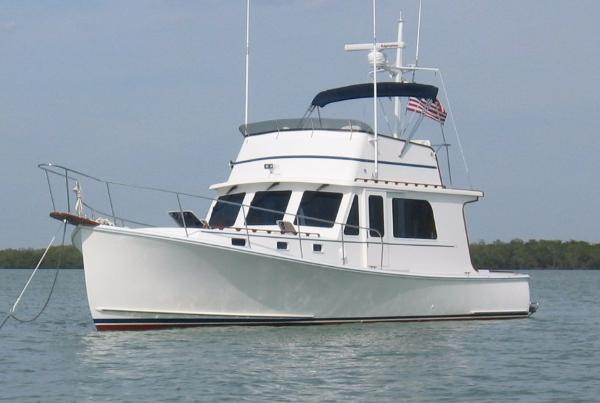 2004 Duffy 37 Atlantic Flybridge Cruiser