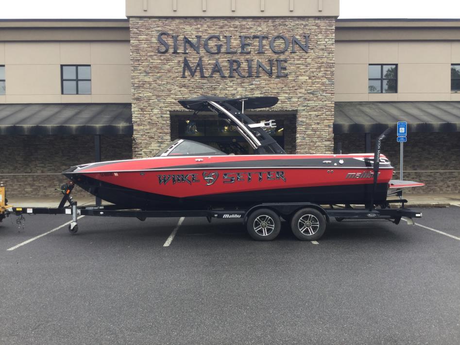 2012 Malibu Boats LLC 23 LSV