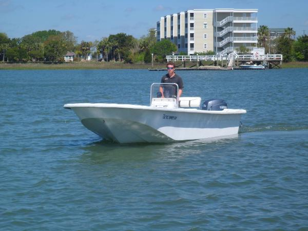 2008 Carolina Skiff 198 DLV