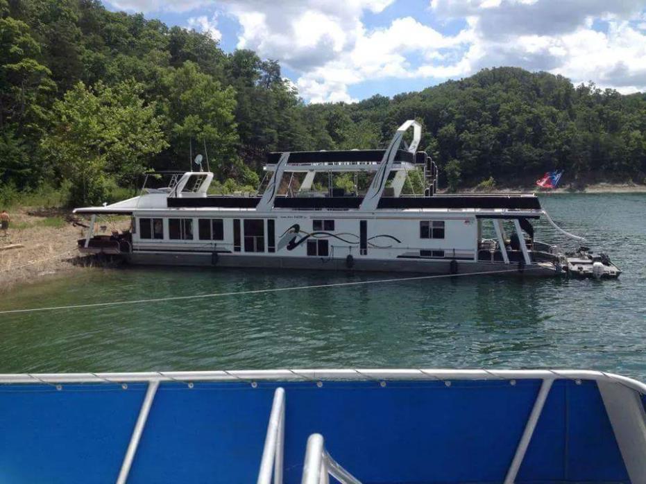 2000 Horizon Custom Houseboat