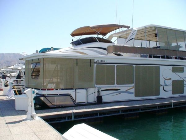 2001 FANTASY HOUSEBOAT Custom Houseboat
