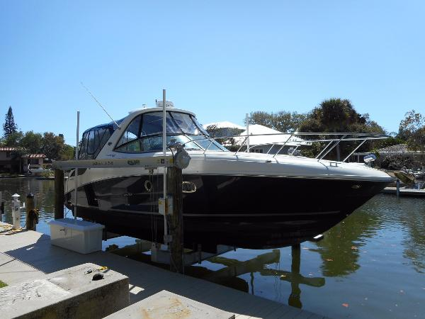 2011 Sea Ray 310 Sundancer
