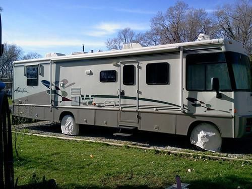 1998 Winnebago Adventurer 35WP