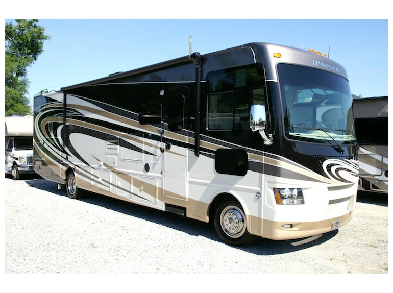 Thor windsport 34f rvs for sale in bradenton florida for Motor coaches with 2 bedrooms