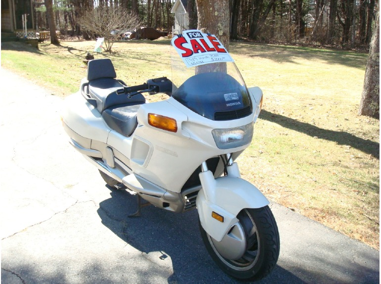 Honda pc800 motorcycles for sale in maine for Honda motorcycle dealers maine