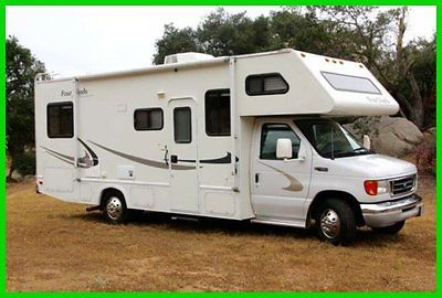 2004 Four Winds Five Thousand  24' Class C Ford V10 Gas Slide Out Sleeps 6