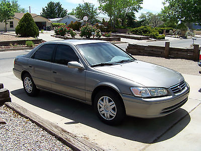 Toyota : Camry LE Sedan 4-Door Toyota Camry 2001, 6 Cyl, All power, Sun Roof CLEAN