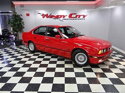BMW : 5-Series 525i 1995 bmw 525 i e 34 sport sedan rare 5 speed hard to find red over black leather