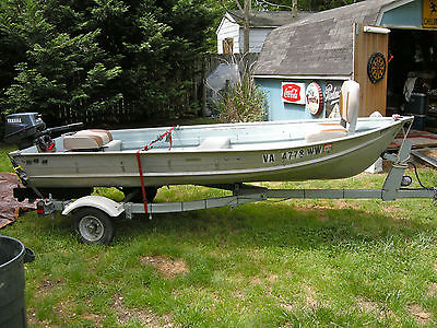 SEA KING 12' JON BOAT & TRAILER w/8 HP 2 STROKE YAMAHA 2005 / 2 3GAL TANKS,ETC.