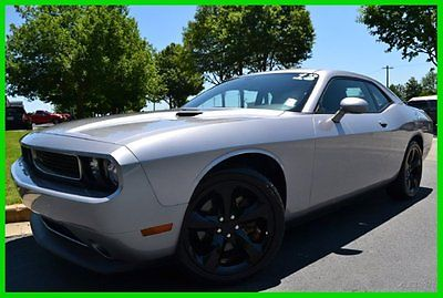 Dodge : Challenger SXT SINSITER SPORT GROUP 1 OWNER CLEAN CARFAX! 3.6 l sinister super sport group 20 black aluminum wheels bluetooth keyless go