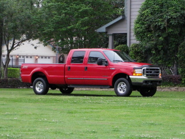 Ford : F-250 Crew Cab 156 CREW CAB LONG BED ( LARIAT ) 1 TX OWNER!!! MINT