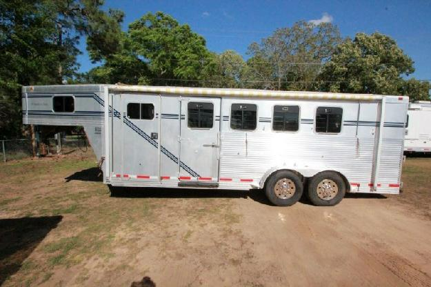 1999 Southern Classic Horse Trailer For Sale