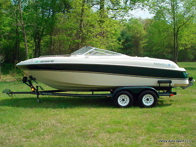 Four Winns 220 Horizon Sport Boat -1-OWNER WITH ONLY 36 ORIGINAL HOURS - RARE!!!