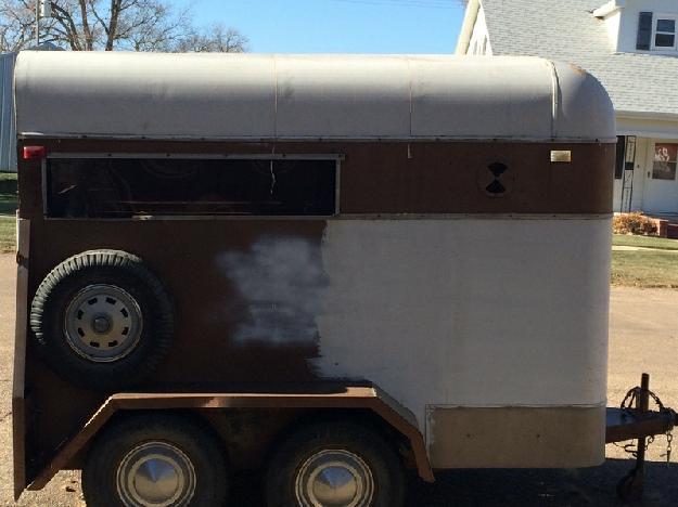 2 horse trailer bumper pull 2 axle