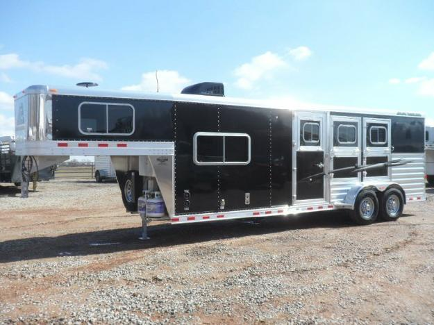 2015 Elite 3 Horse Colt 8 8 Living Quarters