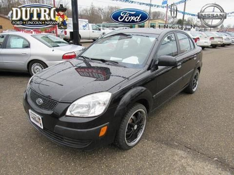 2007 KIA RIO 4 DOOR SEDAN