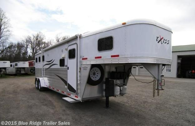 Used Horse Trailer - 2010 Exiss 3 Horse Slant with 10 LQ