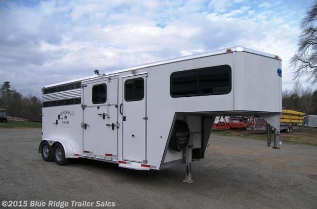 Used Horse Trailer - 2011 Blue Ridge Z-Line 2h stock combo, GN side ramp w dress