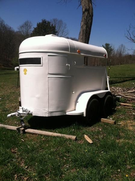 Restored 2 horse bumper pull horse trailer