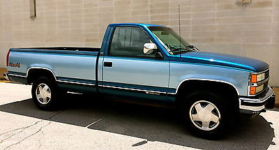 Chevrolet : C/K Pickup 1500 Silverado 1992 chevrolet k 1500 silverado 4 x 4 only 73 k near mint condition very well kept