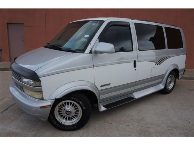 Chevrolet : Astro CONVERSION ONE TEXAS OWNER CHEVROLET ASTRO LEGEND LOWTOP CONVERSION VAN POWER SOFA BED TV!!