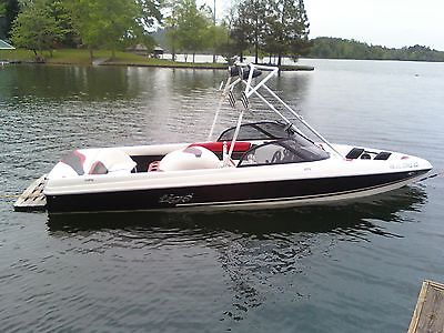 Tige' Competition Wakeboard Inboard Boat 2000 20i w/tower