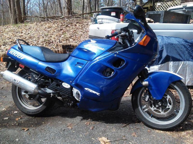 Honda CBR1000F Hurricane 1000