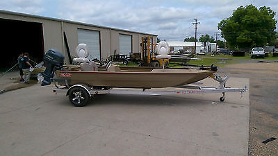 2015 Edge 756 Side Console Duck/Fishing Boat by Waco Manufacturing