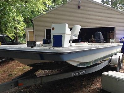 1993 Hurricane Fundeck Deck Boat Hull Only