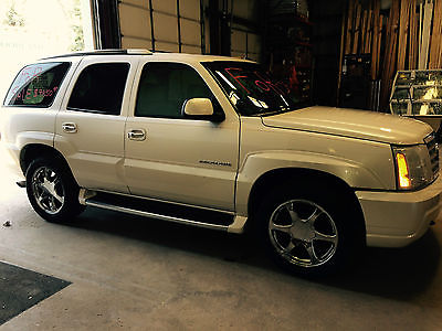 Cadillac : Escalade Escalade  CADILLAC ESCALADE 2002 Excellent, CLEAN, suburban driven, MUST SEE PICTURES