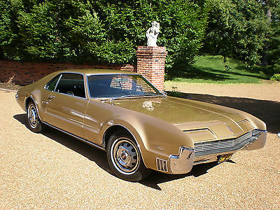 oldsmobile toronado black plate cars for sale. Black Bedroom Furniture Sets. Home Design Ideas
