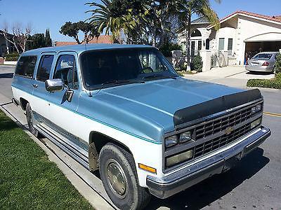 Chevrolet : Suburban R2500 DIESEL 1990 chevy suburban diesel silverado r 2500 one owner 104 k miles