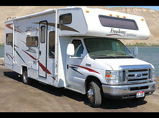 2008 Coachmen Freedom Express 26SO 28ft Class C RV Coach Motorhome, Slide Out!