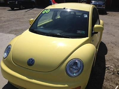 Volkswagen : Beetle-New GL Super Cute Low Miles 2000 VOLKSWAGEN NEW BEETLE GL Yellow 2.0L Auto Trans