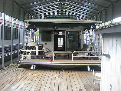 1986  SOMERSET HOUSEBOAT