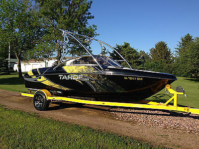 2007 Tahoe Q6 Wakeboard Boat - Wrap, Tower, V8, etc