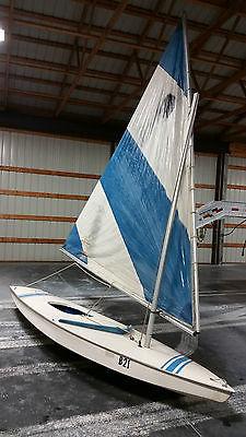 1970s Alcort Sunfish Fiberglass Sailboat - Day Sailer - Novice to Expert Sailor
