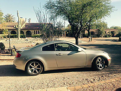Infiniti : G35 Base Coupe 2-Door Infinity G35 Silver Coupe